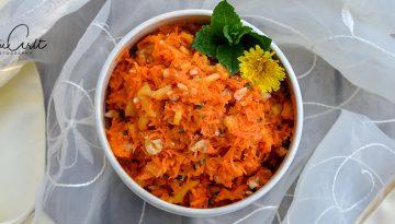 Indischer Karotten-Mango-Minze Salat