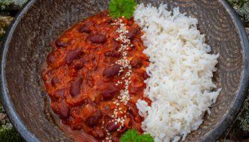 Kidneybohnen in Tomatensauce mit Reis